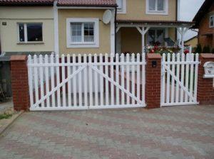 Ochrona to dodatkowe plusów jakie mają ogrodzenia plastikowe z PCV.